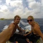 På vei til Klein Bonaire for å snorkle og dykke. Litt av en tur med lille YOLO.
