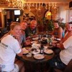Ankermiddag med Jack og Jo (i midten av bildet) etter seilas fra Bonaire.