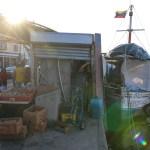 Markedet i Willemstad, selgerne bor i båtene rett på utsiden.