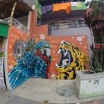 Gatekunst i communa 13 i Medellin, tidligere et ikke-sted å vandre rundt