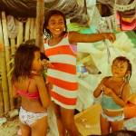 Kuna-indianer-jentene på Cambombia