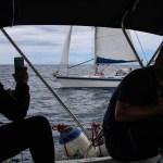 Så nærme kan man altså seile med en annen båt på Atlanterhavet.