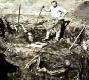 Glidden and 8 1/2 feet skeleton