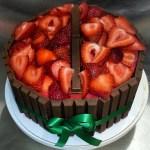 Chocolate_Cake_Kit_Kat_Strawberry_Party_Cake_Sydneys_Sweets