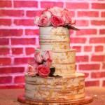 Naked+Cake_Wedding_Fresh+Roses