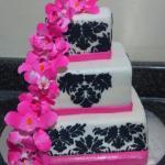 Pink_Floral_Train_Demask_Print_Wedding_Cake_Sydneys_Sweets