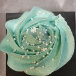 Tiffany_Blue_Rosette_with_Pearl_Custom_CupCakes_Sydneys_Sweets