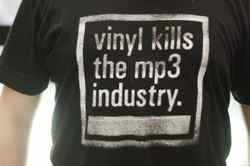 vinyl-records-kill-mp3s