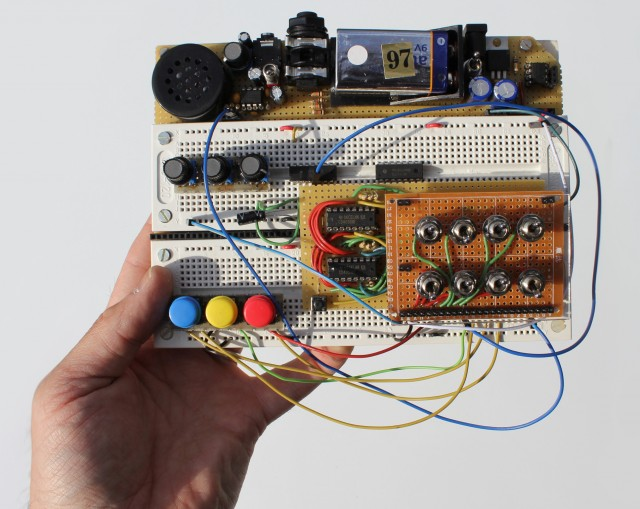 breadboard-based-modular-synthesizer