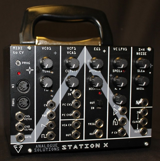 station-x-analog-synthesizer