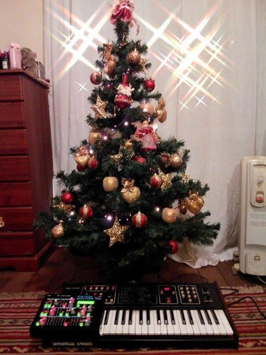 merry-synthmas.jpg