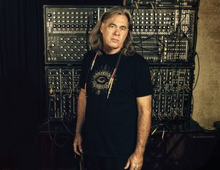 Steve-Roach-synthesizers.com
