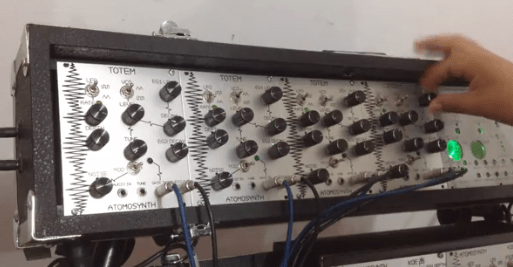atomosynth-eurorack-drum-machine