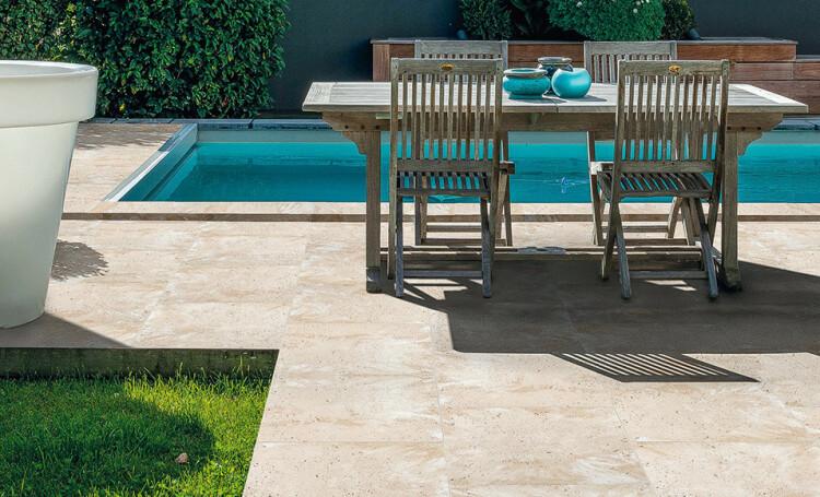 Construire une terrasse avec des dalles en pierre reconstituée - Pose Dallage Exterieur Sur Lit De Sable