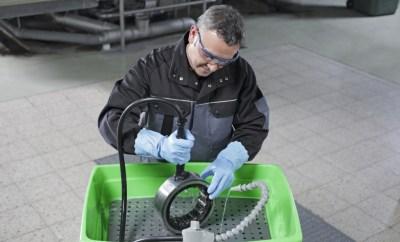 MEWA BIO-CIRCLE Liquid ist ein biologischer Reiniger für den Einsatz im Teilereiniger.