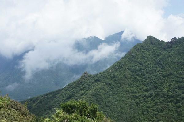 In Gipfelnähe des Yufu-dake