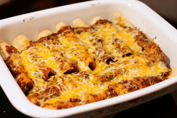 Paleo Spicy Beef and Bean Enchilada Pie