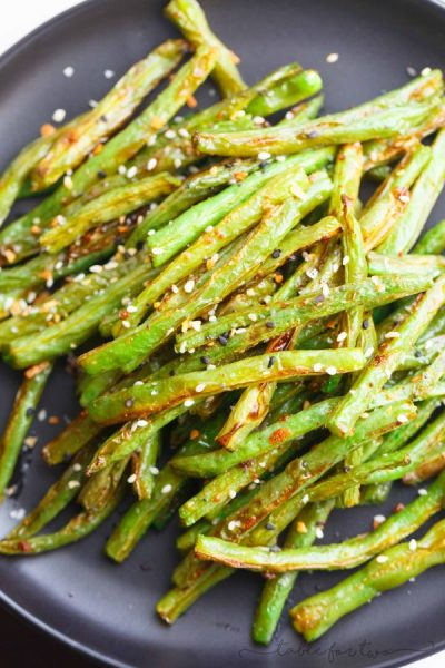 Garlic Roasted Green Beans - Simple Green Beans Side Dish Recipe