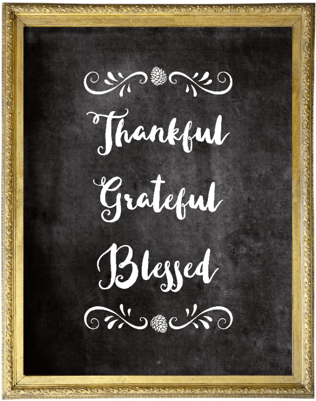 This simple chalkboard Thanksgiving printable can work in any home!