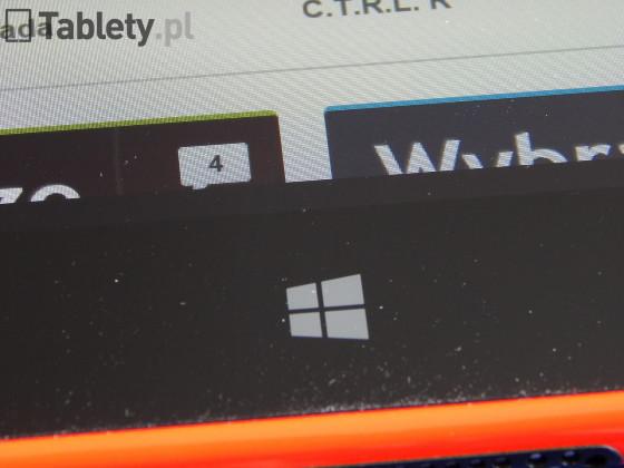 Nokia Lumia 2520 06