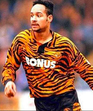 Hull-City-1992-93.png?resize=355,420