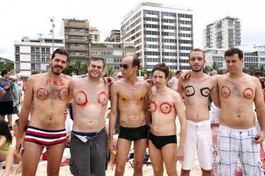 go topless day venice beach