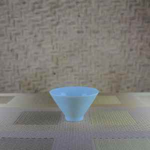 Fine-striped Milky Blue Tea Cup