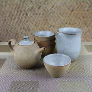 Pumice Clay Barrel Teapot Gift Set for 4 Above Shot