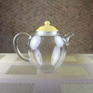 Glass teapot with Yellow Porcelain Lid Side View