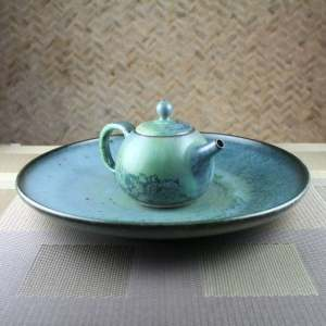 Moondust Green Smaller Round Teapot And Plate 3:4 View-2