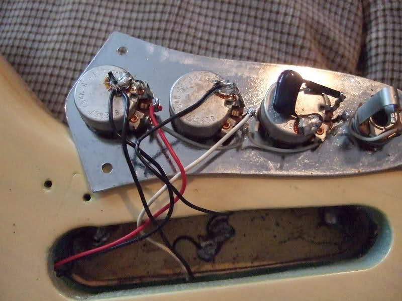 Fender 62 Jazz Bass Wiring Diagram from i0.wp.com