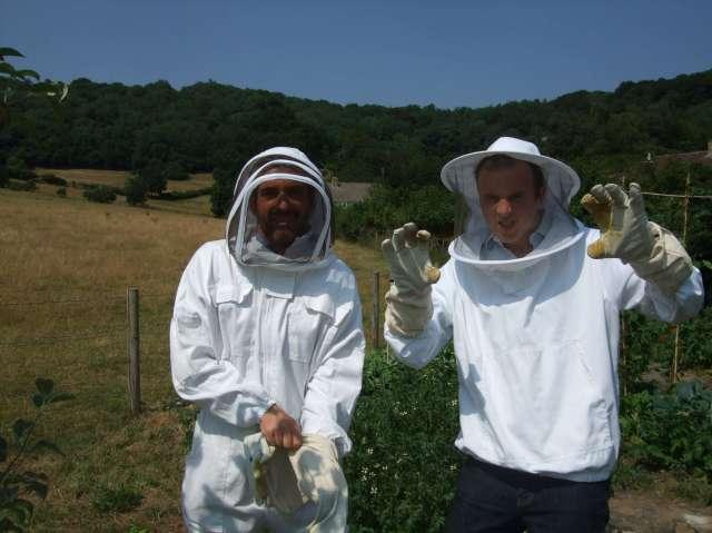 Thriller Bees