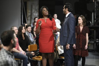 In Case You Missed It: Leslie Jones As Omarosa Manigault Newman On SNL - Talking With Tami