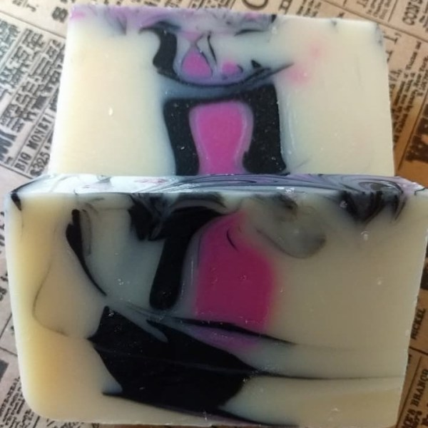 Black Raspberry Vanilla Bath Soap