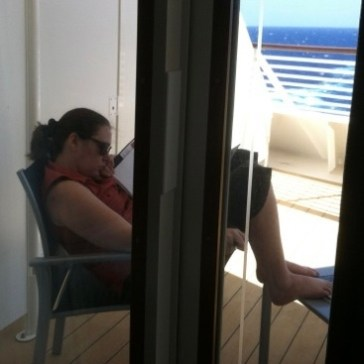 Ocean breezes and good reads make my day!