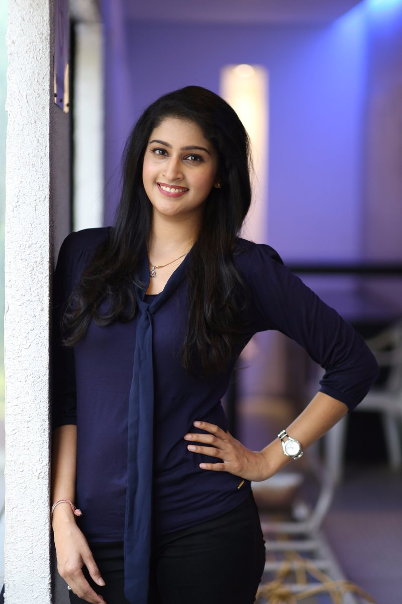 Cute Tamil Actress Wallpapers Tanya Ravichandran Beautiful Pictures And New Wallpapers