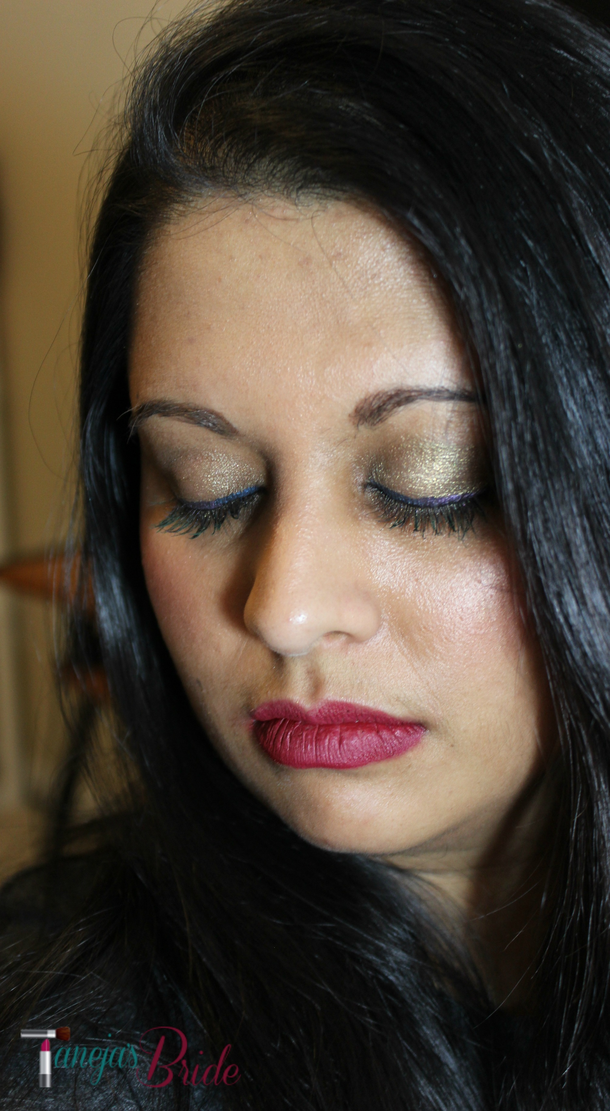 Zuzu Luxe Liquid Eyeliner in Storm and Amethyst Swatches and Review -