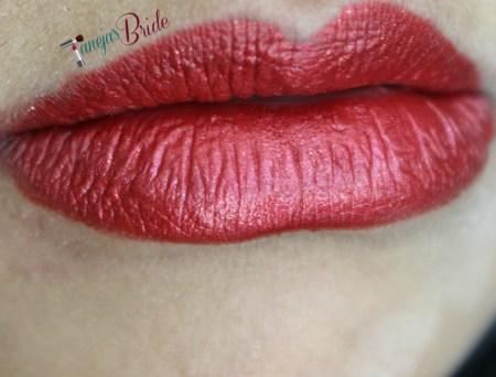 LipstickQueenRedMetalLips