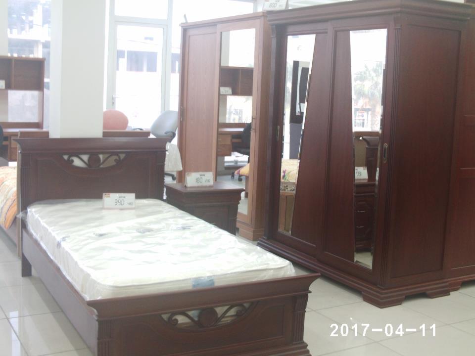 Chambre adulte en bois - Meubles et décoration Tunisie