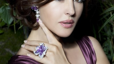 Difference Between Tanzanite Studs and Diamond Studs