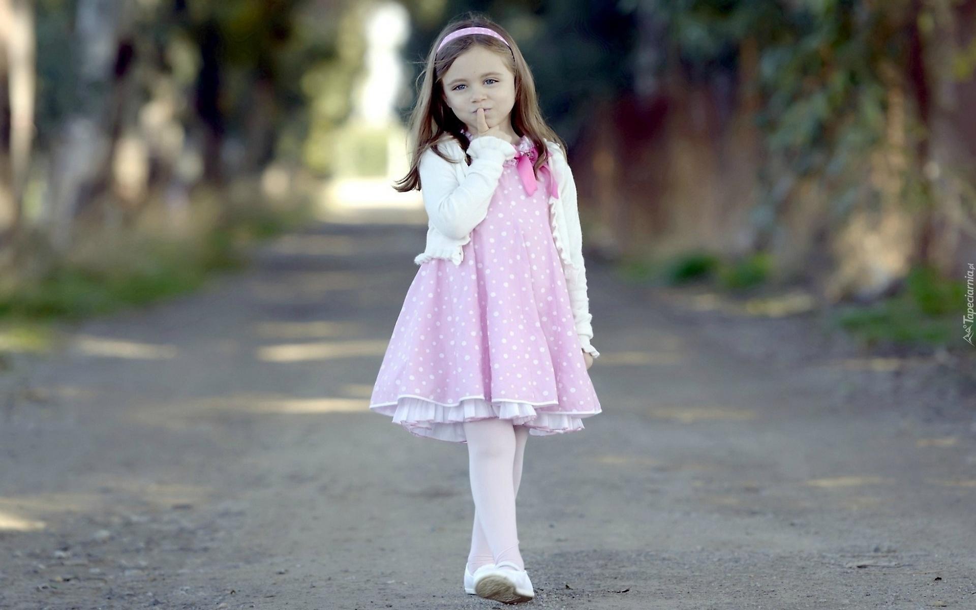 Cute Fox Girl Wallpaper Droga Dziewczynka R 243 żowa Sukienka Opaska Spacer