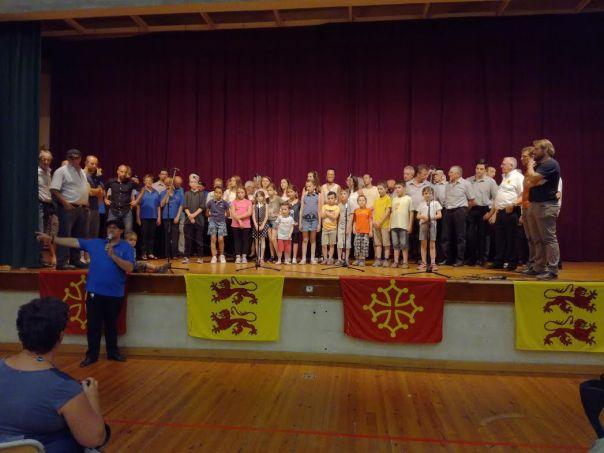 Ibos. Deux heures de chants pour la Calandreta deu Pais Tarbes
