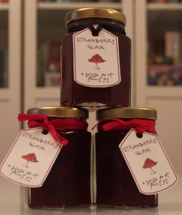 strawberry glam jars