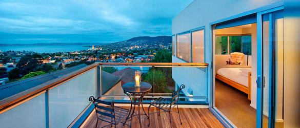 Luxury Holiday Homes Tasmania - Library House