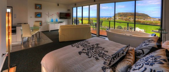 Luxury Accommodation in Tasmania's North