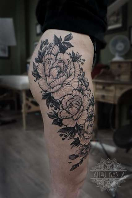 dotwork - black - blackwork - rose - peony - tattoo