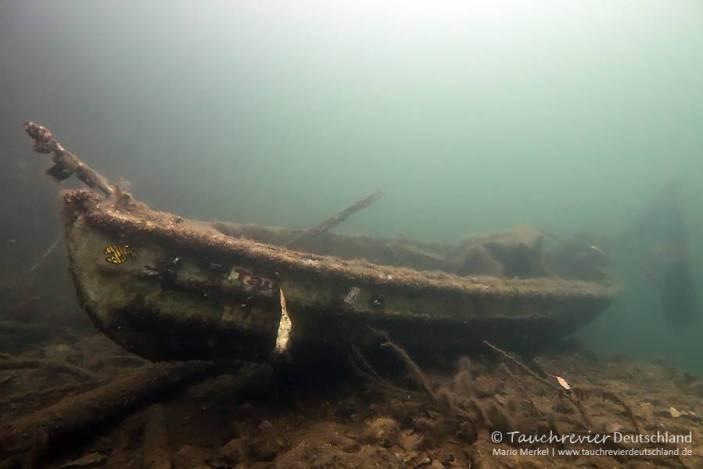 Boot, Tauchen im Westbruch, Tauchen in Sachsen