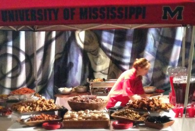 Taylor Grocery Special Event Catering does tailgating