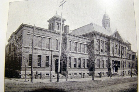 Peel Street High School, where the Cours Mont-Royal now stands