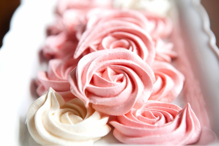 meringue roses for mothers day-4456